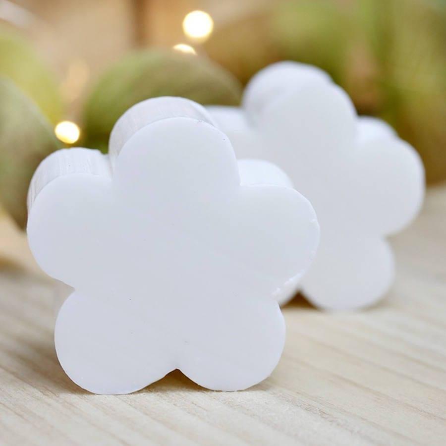 jabon-flor-blanco2